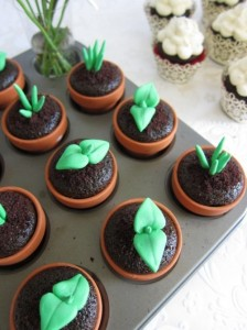 cupcakes-cute-flower-pot-food-sooooo-cute-Favim.com-212486