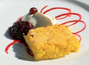 Saffron_pancake_with_dewberry